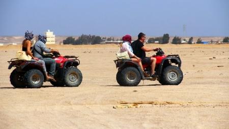 Safari em quadriciclo no Deserto de Hurgada