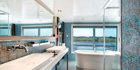 The Oberoi Philae Suite Bathroom