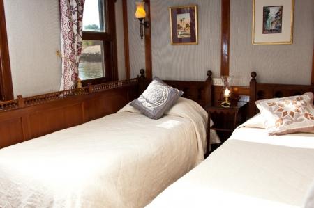 Luxury El Bey Dahabiya Nile cruise Cabin