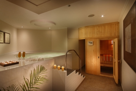 Spa, Sauna and Jacuzzi