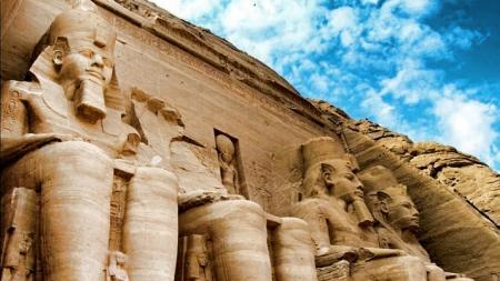 Tour von Luxor nach Assuan und Abu Simbel
