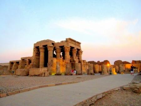 Cairo Crociera Nilo Sharm