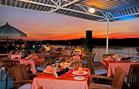 Nile Cruise Sundeck Restaurant