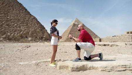 Romantic Moments at the Pyramids