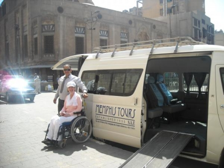 Veicolo adatto a persone con problemi di Mobilità