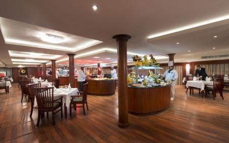 Amwaj Livingstone Nile Cruise Resturant