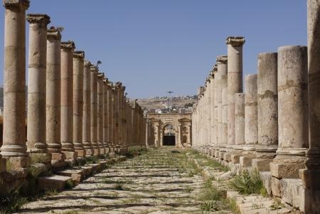 ジェラシュのローマの列柱通り