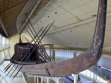 La barca solar-Barca funeraria de Keops