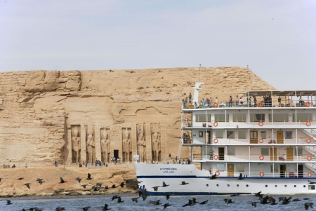 Lake Cruise by AbuSimbel Temple