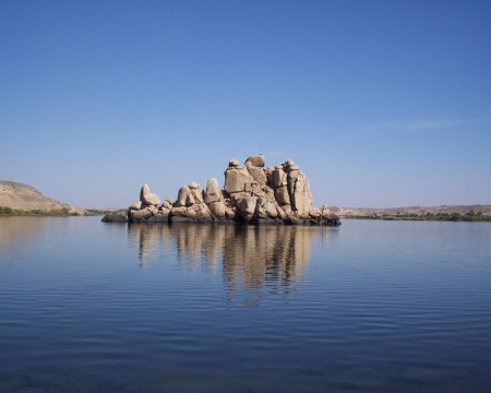 Calm Atmosphere in The Lake Nasser