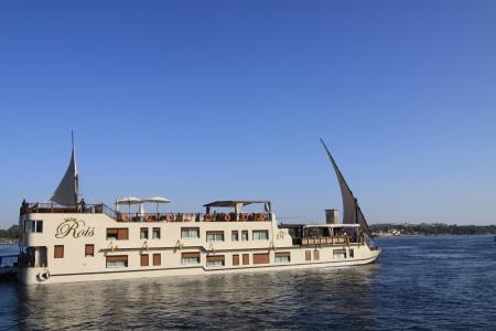 Rois Dahabiya Nile Cruise Sailing