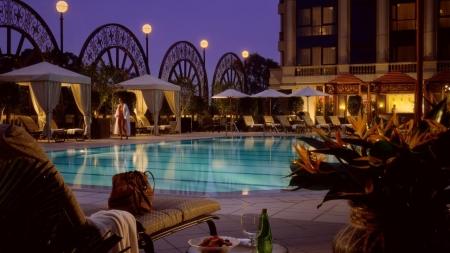 Four Seasons Hotel Outdoor Pool