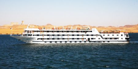 Croisière Sur Le Gigantesque Lac Nasser