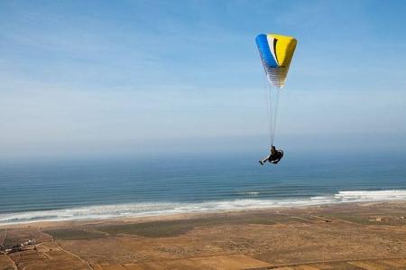 Voo pela Praia de Agadir