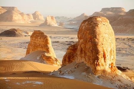 Valle di Agabat, Parco Nazionale del Deserto Bianco