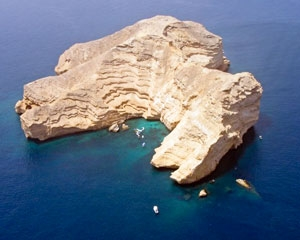 Al Fahal Island in Oman
