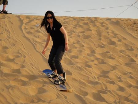 サンド・ボーディング、ドバイ砂漠