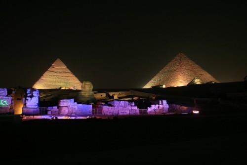 Le Piramidi durante Lo Spettacolo