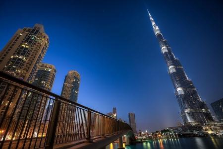 世界一高いビル『バージュ・カリファ』、ドバイ