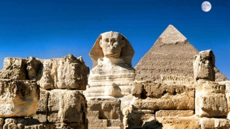 Pyramid of Chephren and the Great Sphinx