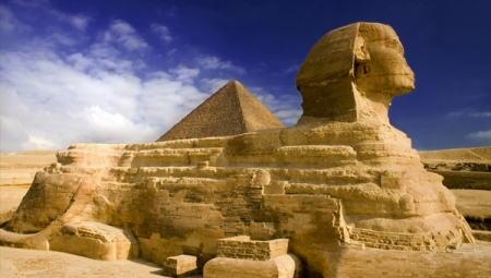 The Great sphinx in Giza, Cairo