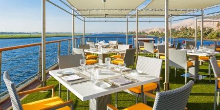 The Oberoi Philae poolside restaurant