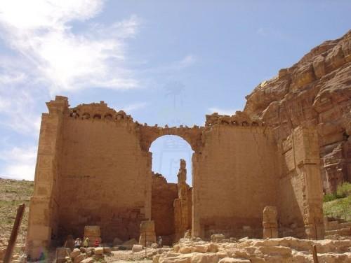 Qasr Al Bent, Petra
