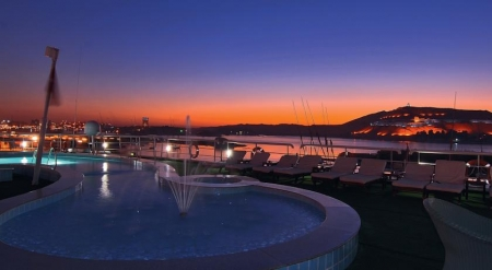 Hamees Nile Cruise Pool