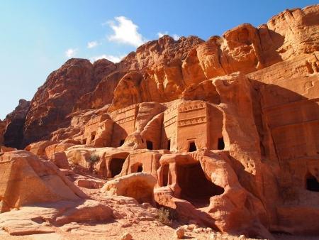 Via delle Facciate a Petra