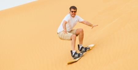 SandBoarding In The Dubai Desert