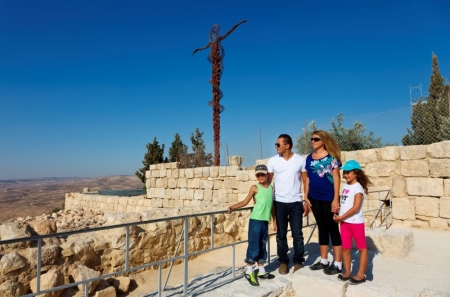 Your Gateway to The Holy Land Tour Package