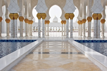 2 Day Abu Dhabi Stopover Package