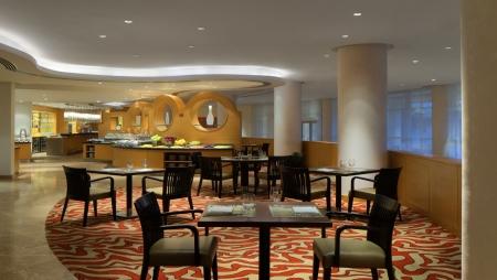 Le Meridien Cairo Airport Restaurant