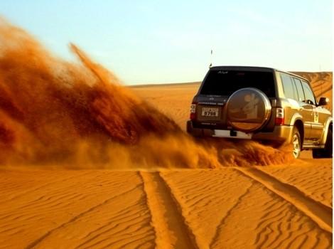 Safari en Jeep 4X4 durante la puesta del Sol