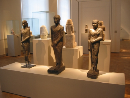 Small Statues Inside The Egyptian Museum