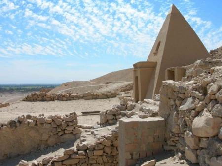Villaggio di Deir El Medina, Luxor