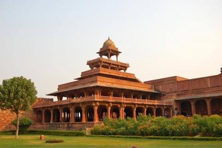 Guía de Fatehpur Sikri