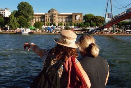 Frankfurt City Tour and Rhine Valley Cruise