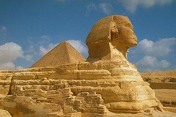 Sphinx bei den Pyramiden von Gizeh