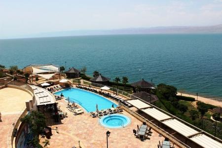Beach of the Crown Plaza Dead Sea Hotel