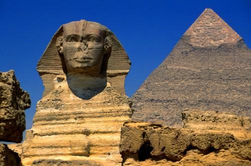 Las Pirámides de Guiza y La Esfinge
