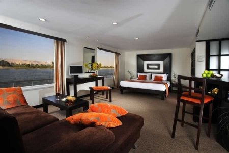 Suite on board Movenpick Royal Lily Cruise