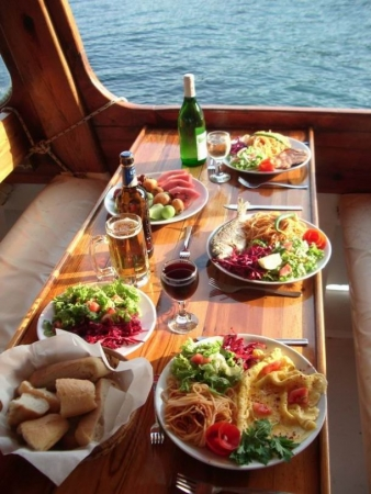 Lunch on board, Marmaris