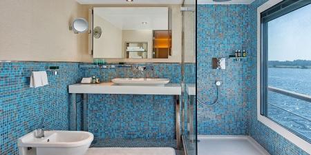 Bathroom on-board Oberoi Philae Nile Cruise