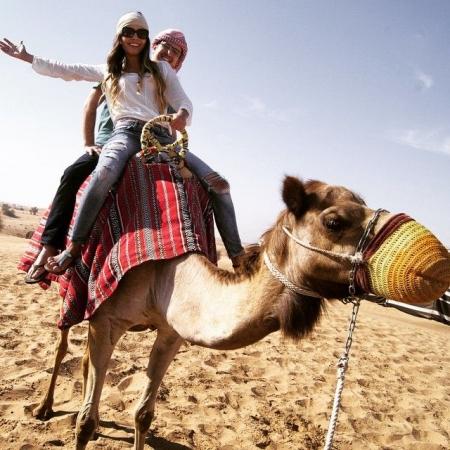 Passeio a camelo - Dubai