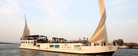 River Yacht Cruises