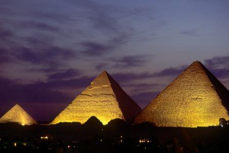 The lighting of The Pyramids, Sound and Light Show
