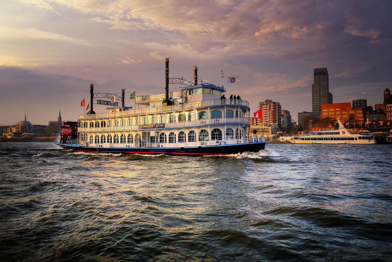 World Cruises | Cruise Ship Tour | Memphis Tours