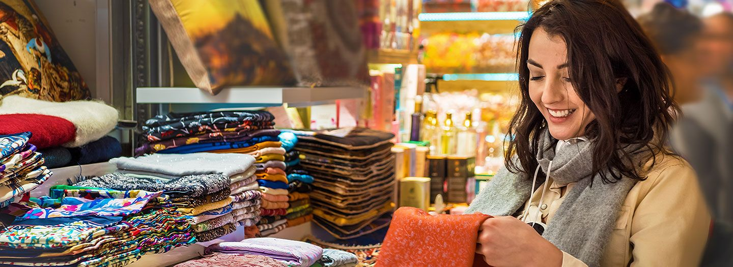 Best Markets in the World   Best Place for Shopping   Travel Shopping